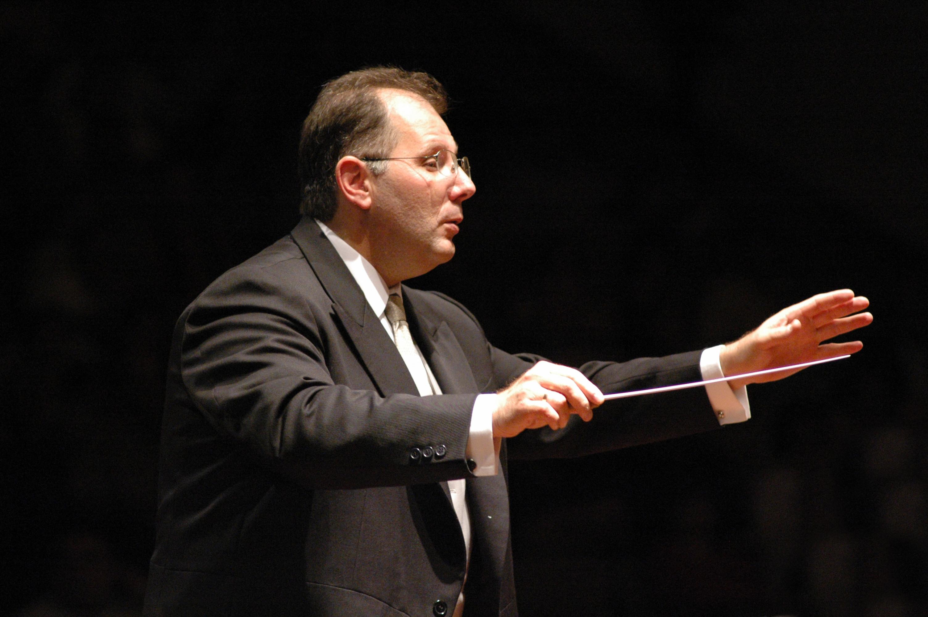 Voy A Presentar En La Orquesta De La Luz Rodolfo Saglimbeni